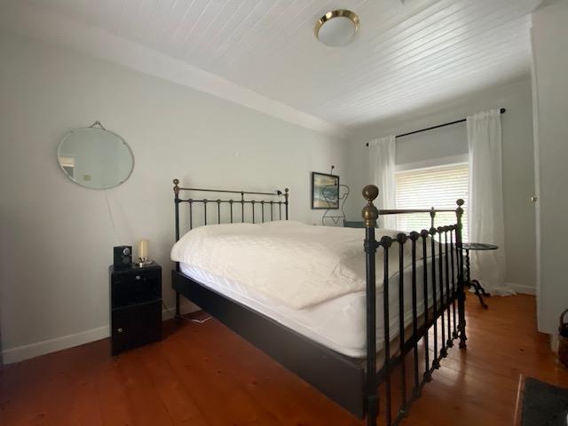 rossow_house_newportbedroom1