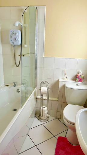 m021_bathroom